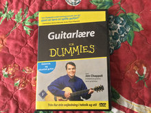 Guitarlære for Dummies DVD og nodehæfte.