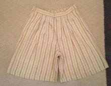 Shorts i stribet beige bomuld