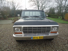 Ford F 250 V8 6.4 aut.
