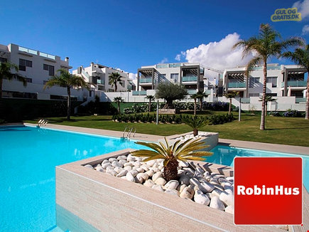 Stunning contemporary design new build 2 bed 2 bath  apartments with 25m long communal pool in the new residential community of Balcones de Amay close to Torrevieja, billede 1