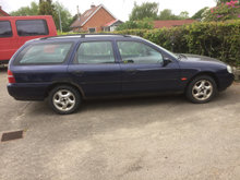 Ford Mondeo 2,0 st car