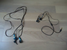 2 headsets