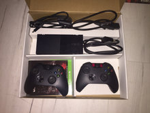 Xbox one x +2 controller næsten ny