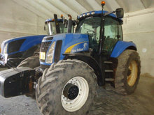 New Holland T8030 TG