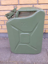 2 Jerry Can