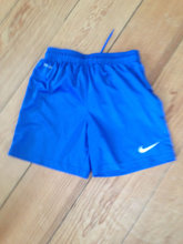Nike Dry-Fit shorts str M / 10-12 år