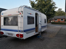 Hobby Excellent 495 UFe - 2004 m/Mover