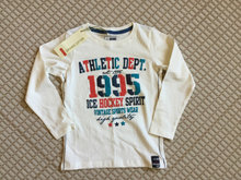 NY. Sweatshirt.  Name it.   str. 98