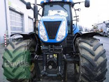 KØBES: New Holland 200 - 260Hk