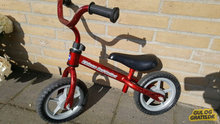 Løbecykel chicco red bullet