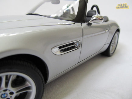 """BMW Z8 007 """"The World is not enough"""", billede 1"""