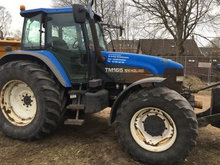 New Holland TM165 SS