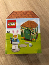 5005249 Easter Bunny Hut