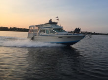 Sea ray m/Flybrige