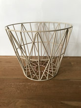 Ferm Living wire basket small - rosa